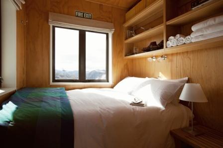 Whare Kea Chalet guest bedroom