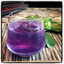 On our return to the resort, we were indulged with a two-hour pampering session at the ESPA Spa. The Thai Infusion Ritual massage treatment was pure heaven and finished off with an iced tea. The drink's unusual purple colour comes the blue petals used to make it.